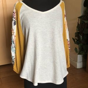 New Charming Charlie's mid-sleeve V-neck Large